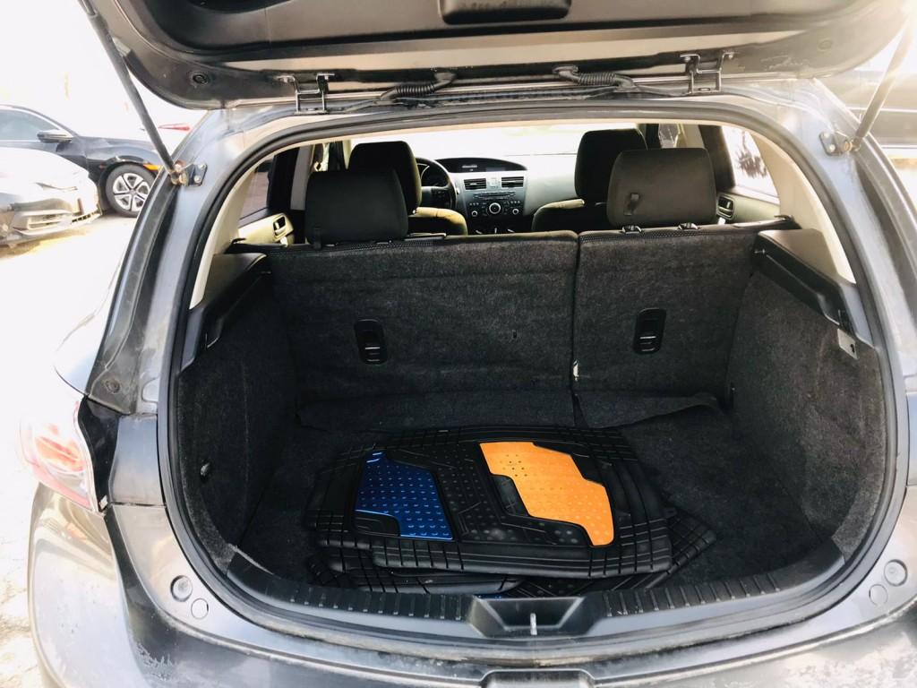 2013-Mazda-MAZDA3
