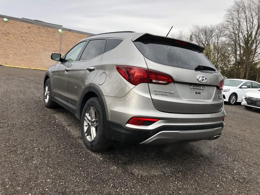 2018-Hyundai-Santa Fe Sport