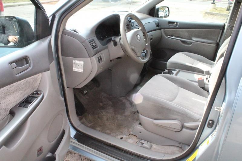 2007-Toyota-Sienna