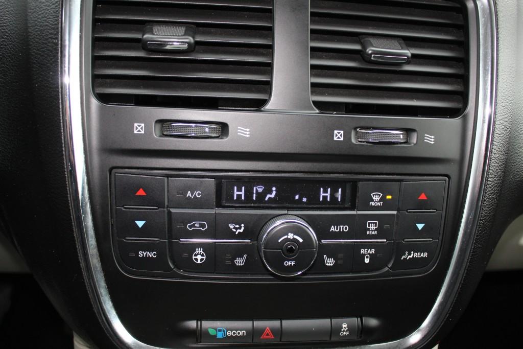 2012-Dodge-Grand Caravan
