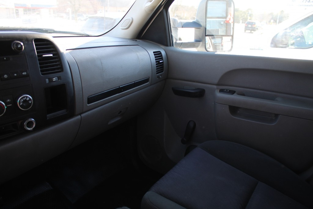 2012-Chevrolet-Silverado 3500HD