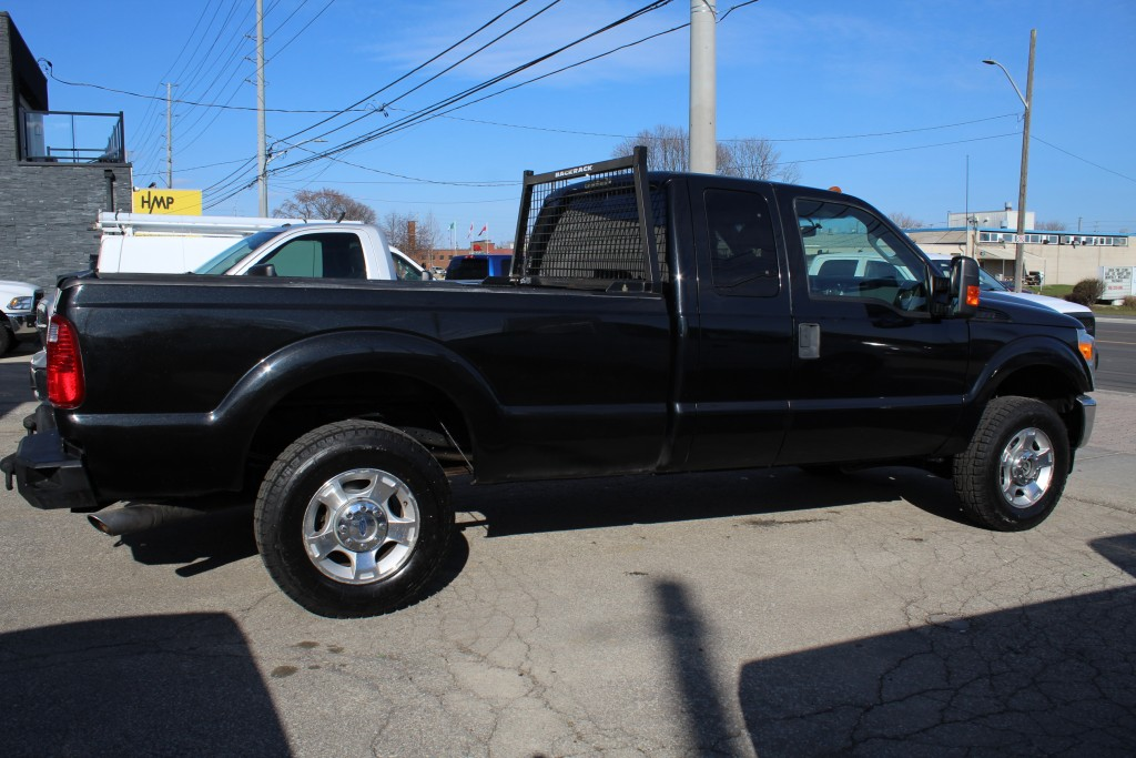 2011-Ford-Super Duty F-250