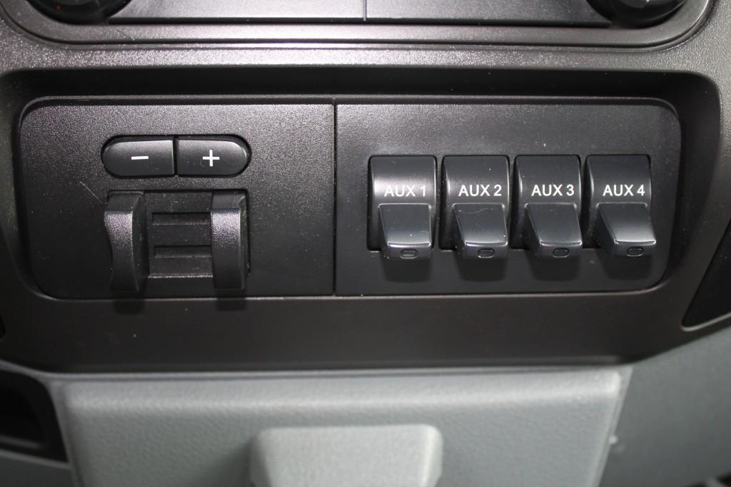 2012-Ford-Super Duty F-250