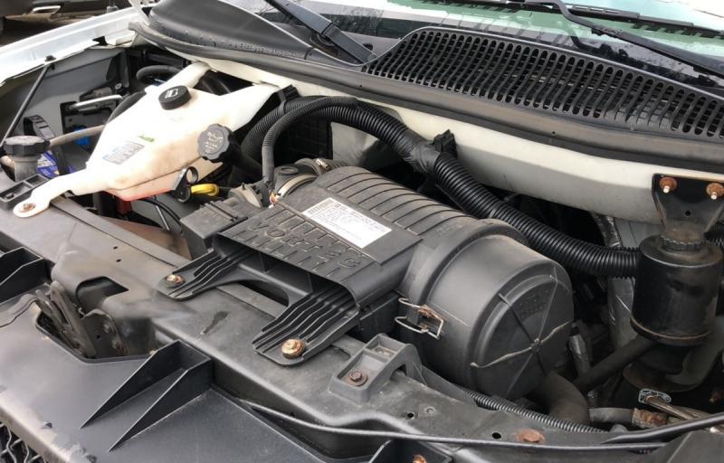 2009-Chevrolet-Express Commercial Cutaway