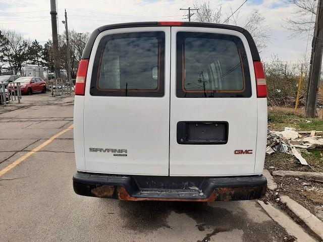 2013-GMC-Savana Cargo Van