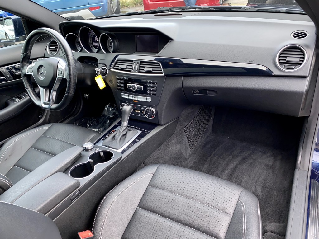2013-Mercedes-Benz-C-Class