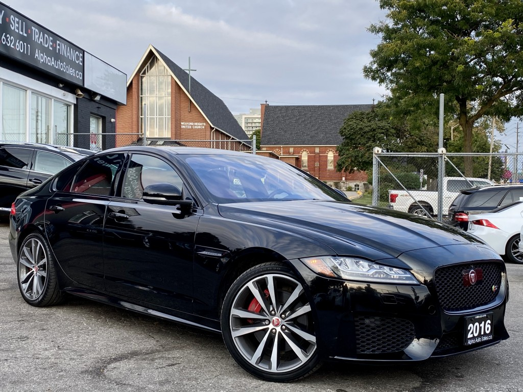 2016-Jaguar-XF