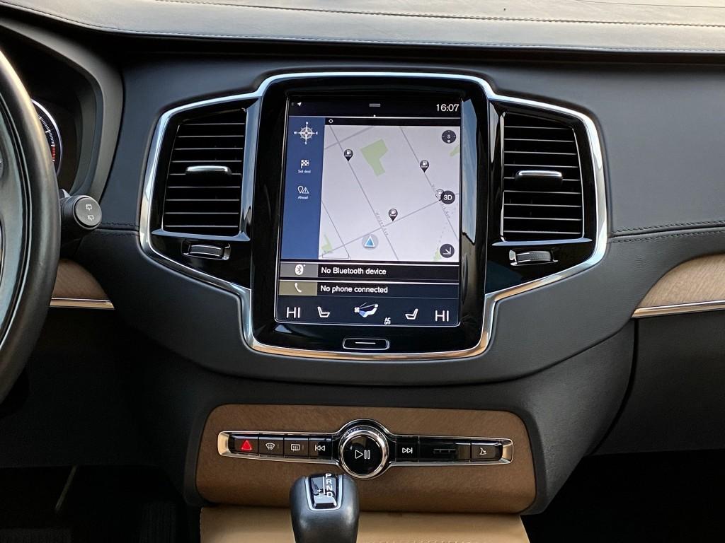 2016-Volvo-XC90