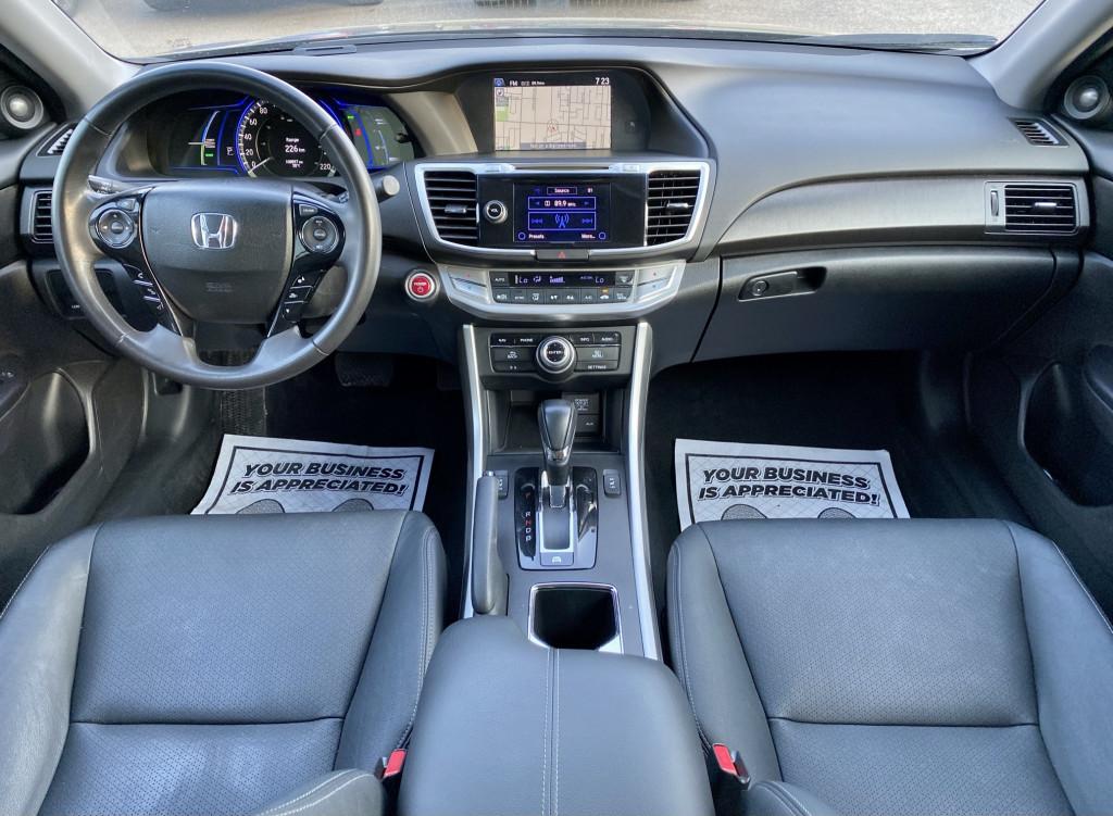 2014-Honda-Accord Hybrid