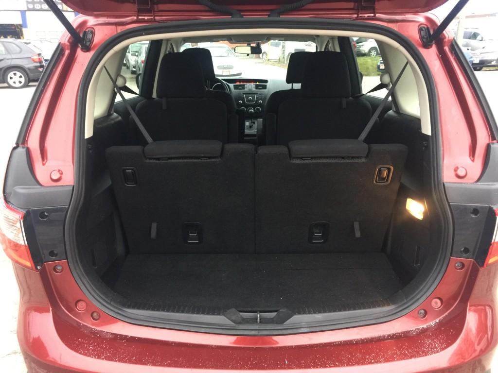 2012-Mazda-MAZDA5