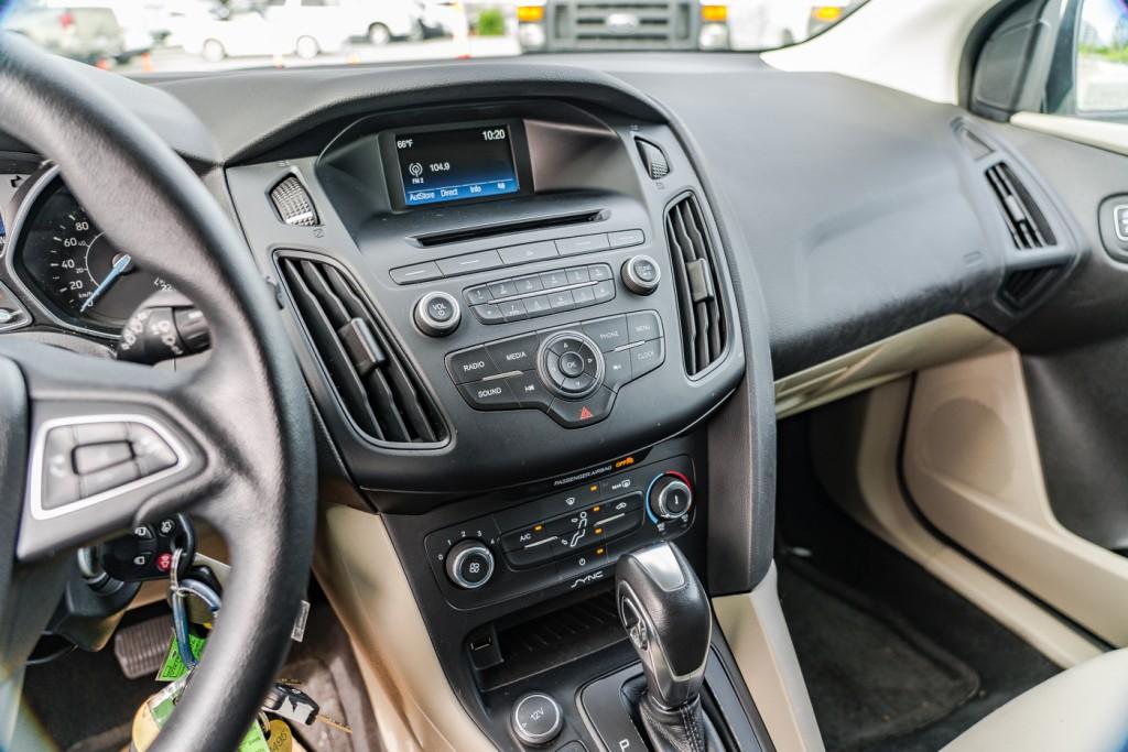 2017-Ford-Focus
