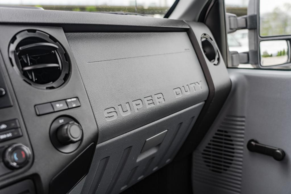 2014-Ford-Super Duty F-350 SRW