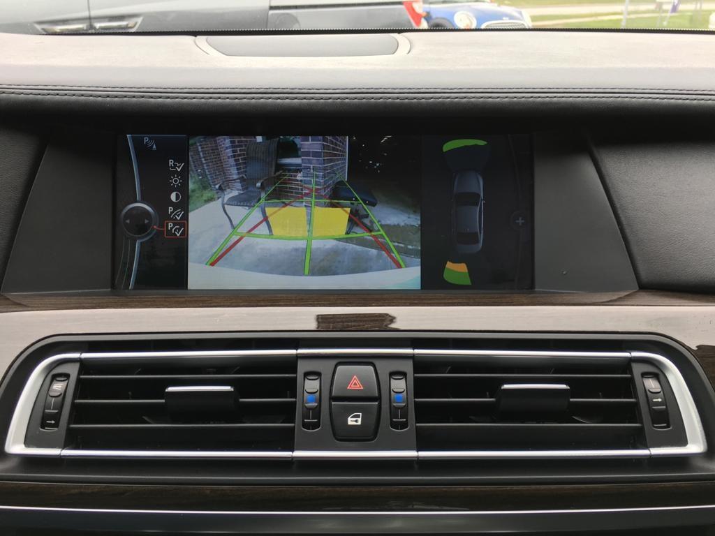 2010-BMW-7 Series