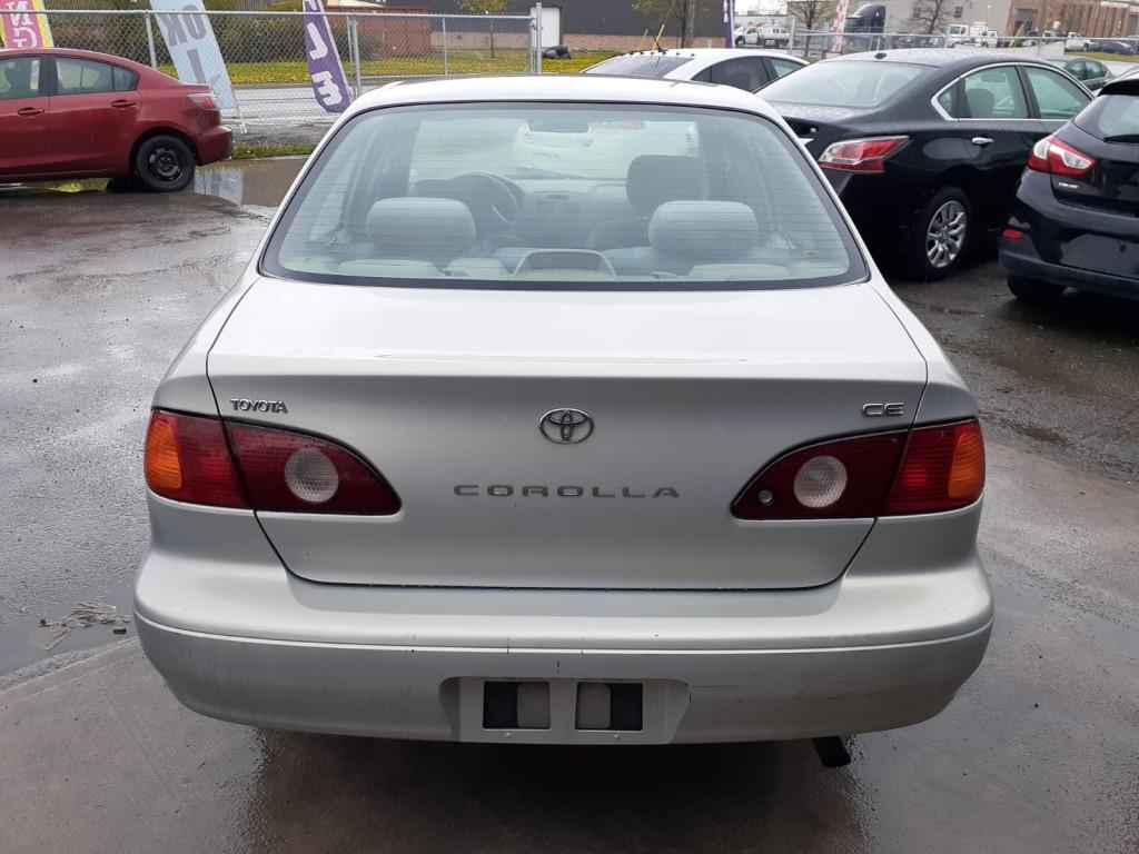 2002-Toyota-Corolla