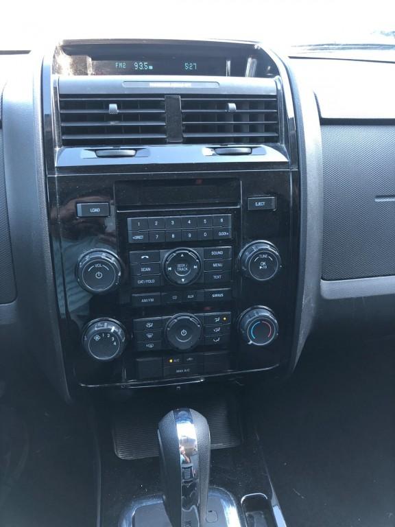 2009-Mazda-Tribute