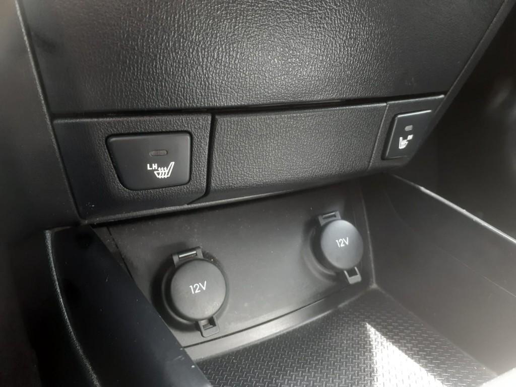 2010-Hyundai-Elantra