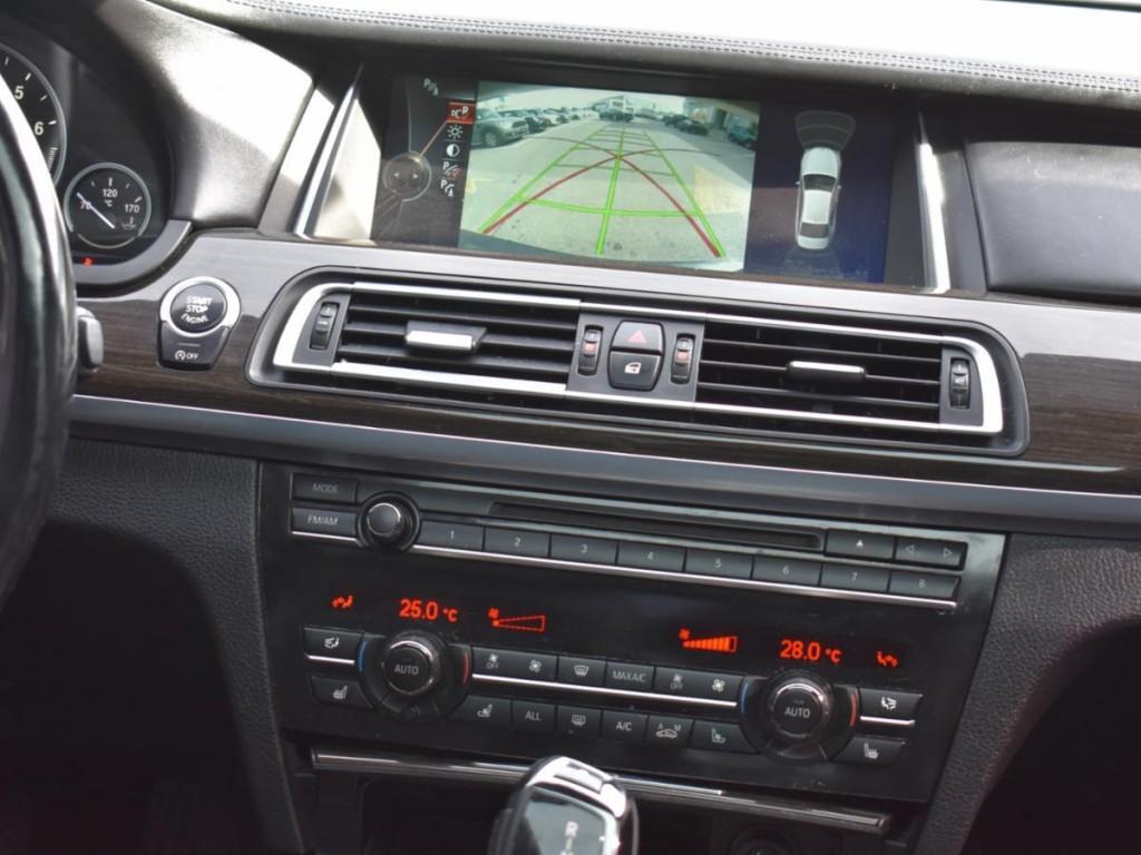 2013-BMW-7 Series