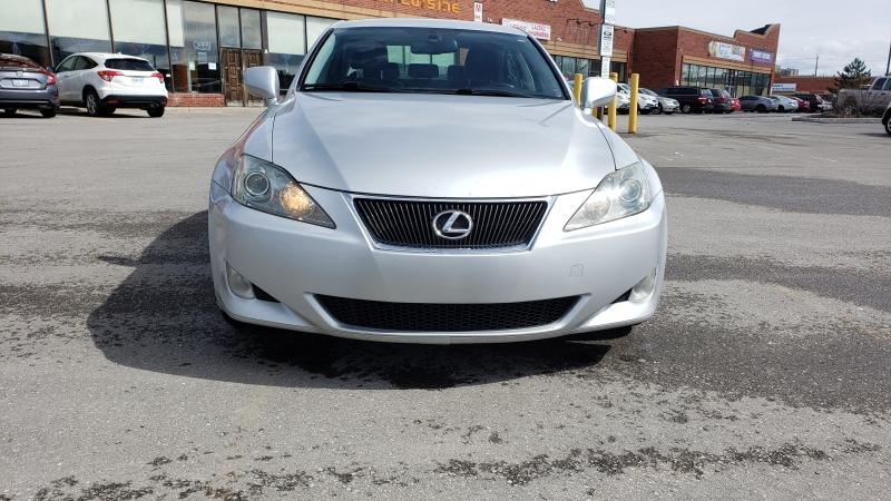 2008-Lexus-IS 250