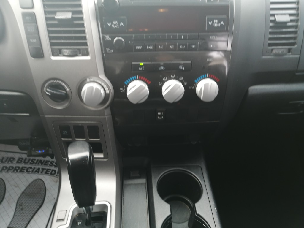 2011-Toyota-Tundra