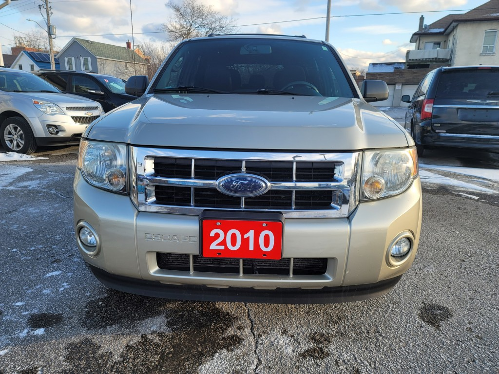 2010-Ford-Escape