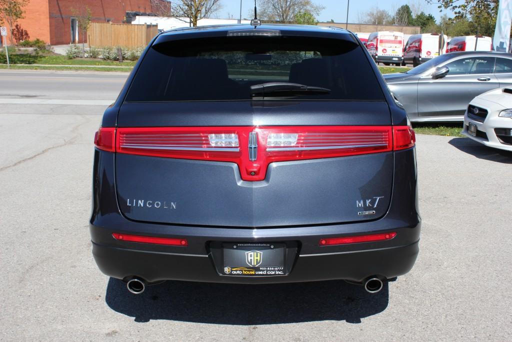 2014-Lincoln-MKT