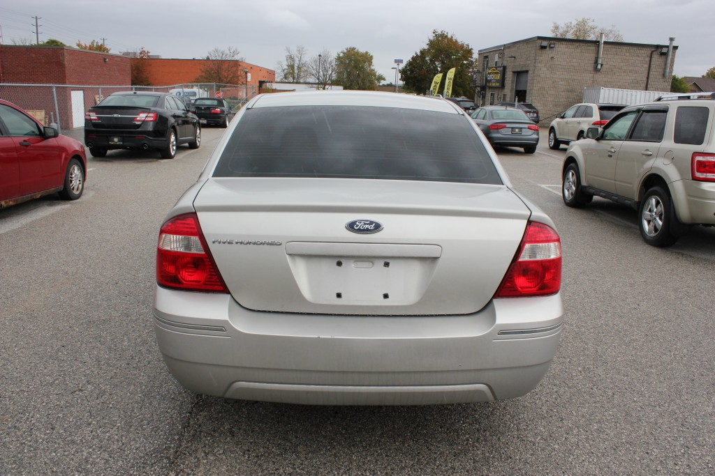 2006-Ford-Five Hundred