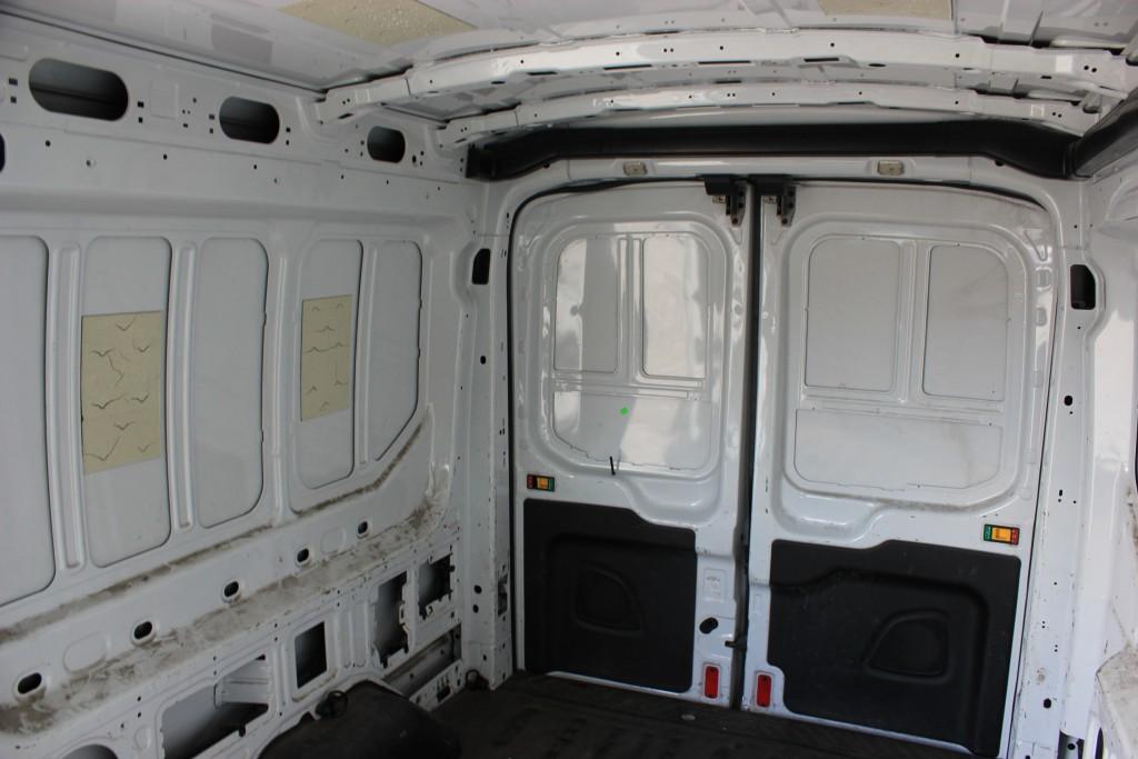 2015-Ford-Transit-250