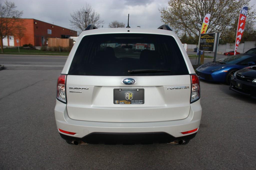 2013-Subaru-Forester