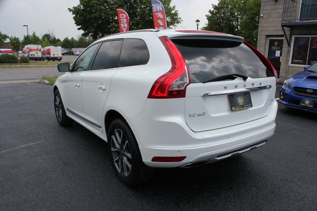 2016-Volvo-XC60