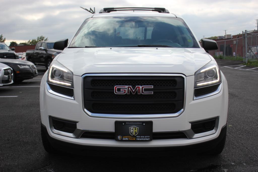2014-GMC-Acadia