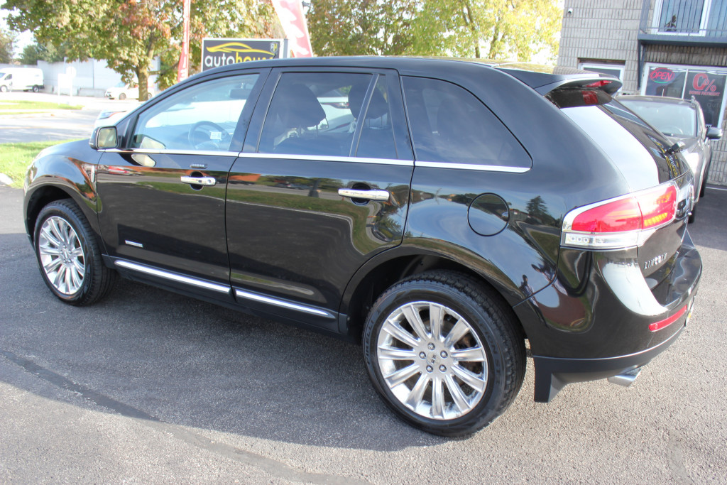 2013-Lincoln-MKX
