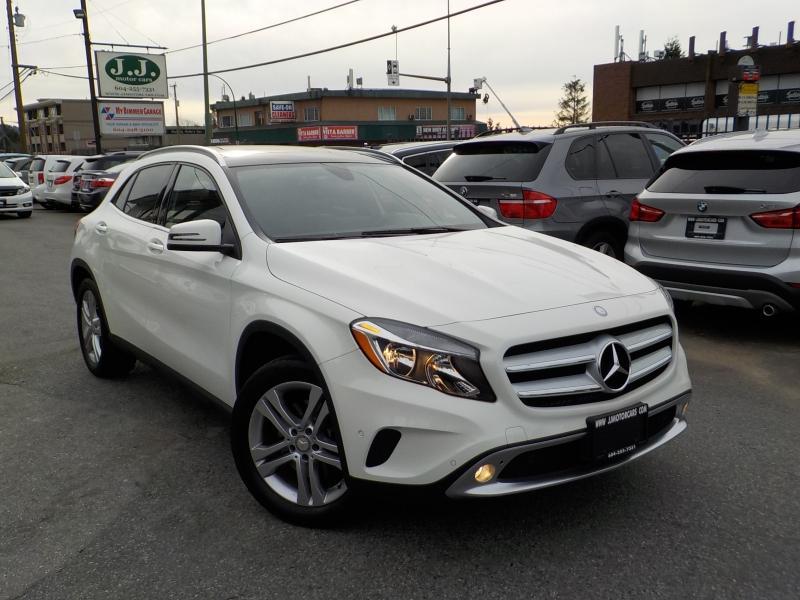 2016-Mercedes-Benz-GLA-Class