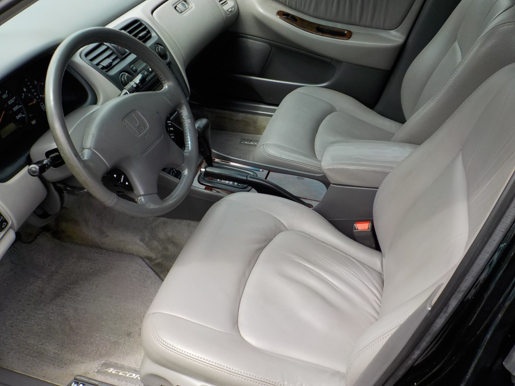 1998-Honda-Accord