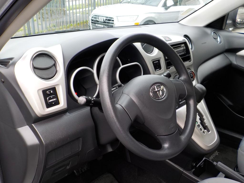 2009-Toyota-Matrix