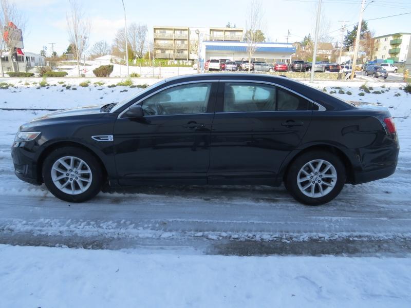 2013-Ford-Taurus
