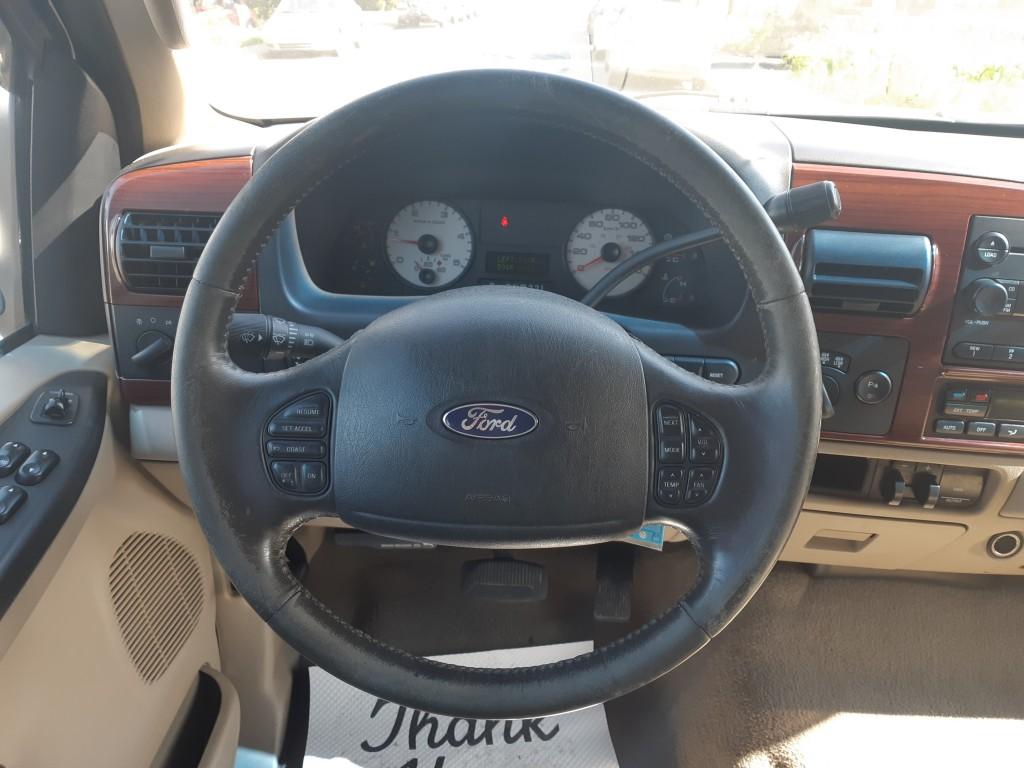 2005-Ford-Super Duty F-350 SRW