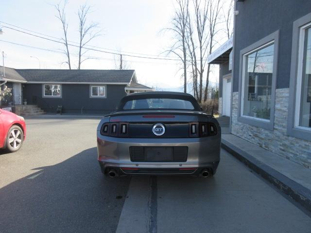 2013-Ford-Mustang