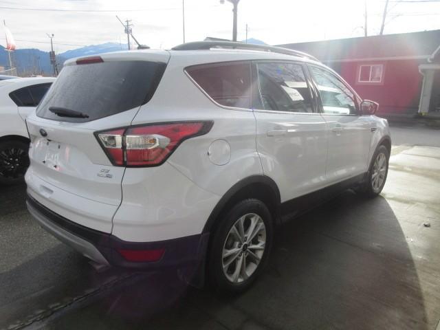 2018-Ford-Escape