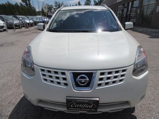 2010-Nissan-Rogue