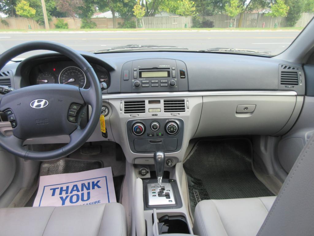 2006-Hyundai-Sonata