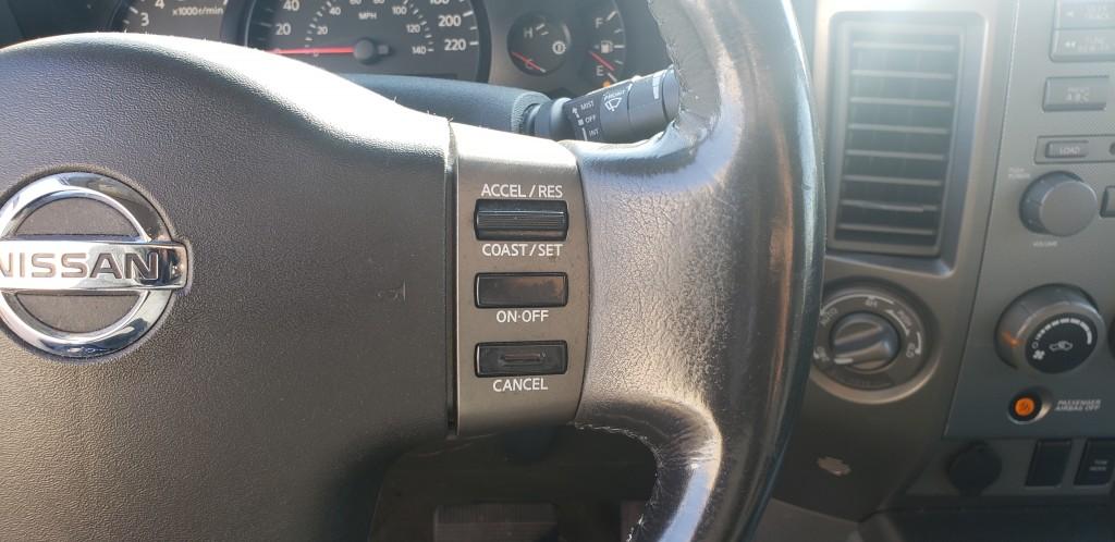 2005-Nissan-Armada