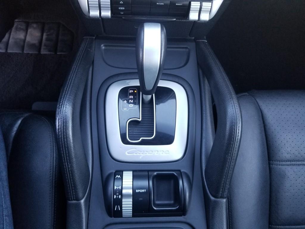 2008-Porsche-Cayenne