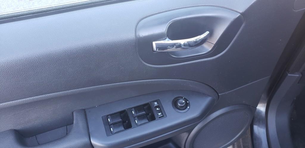 2011-Dodge-Caliber