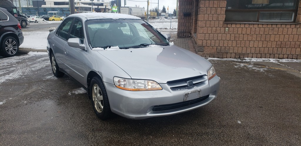 2000-Honda-Accord