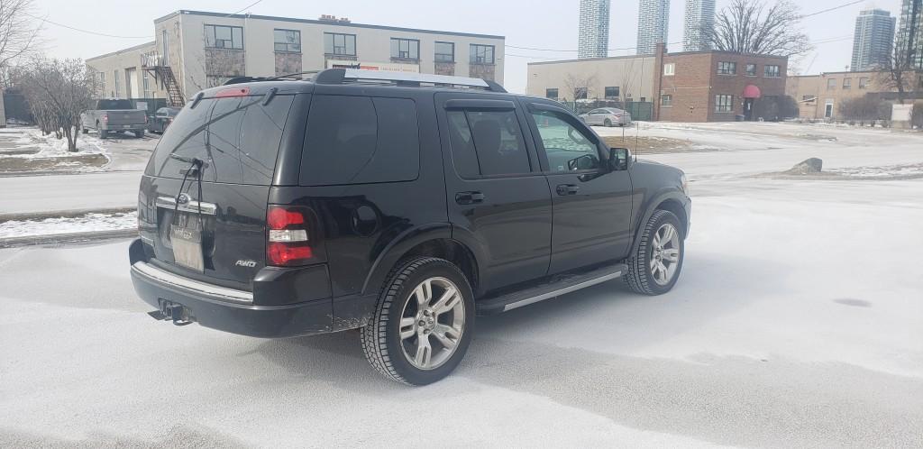 2009-Ford-Explorer
