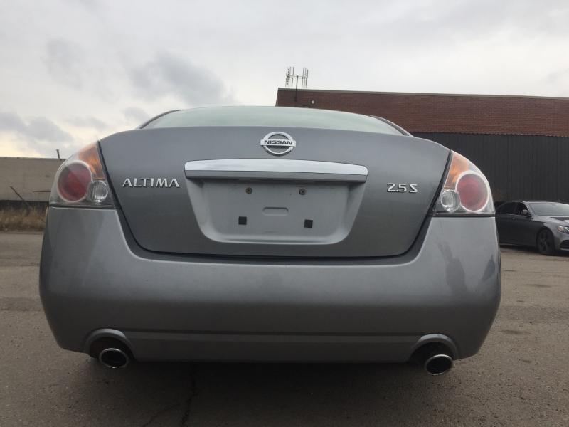 2007-Nissan-Altima