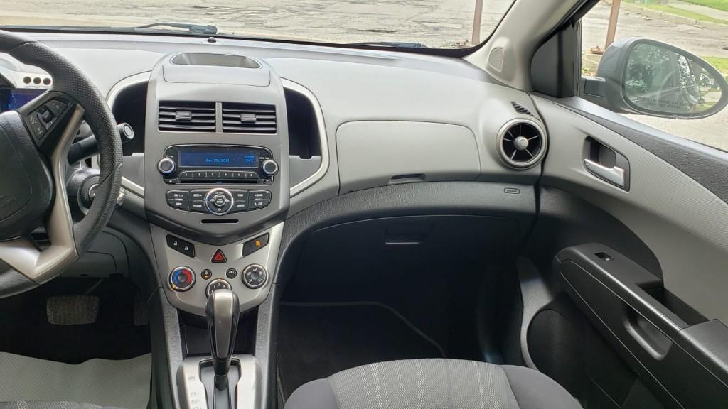 2013-Chevrolet-Sonic