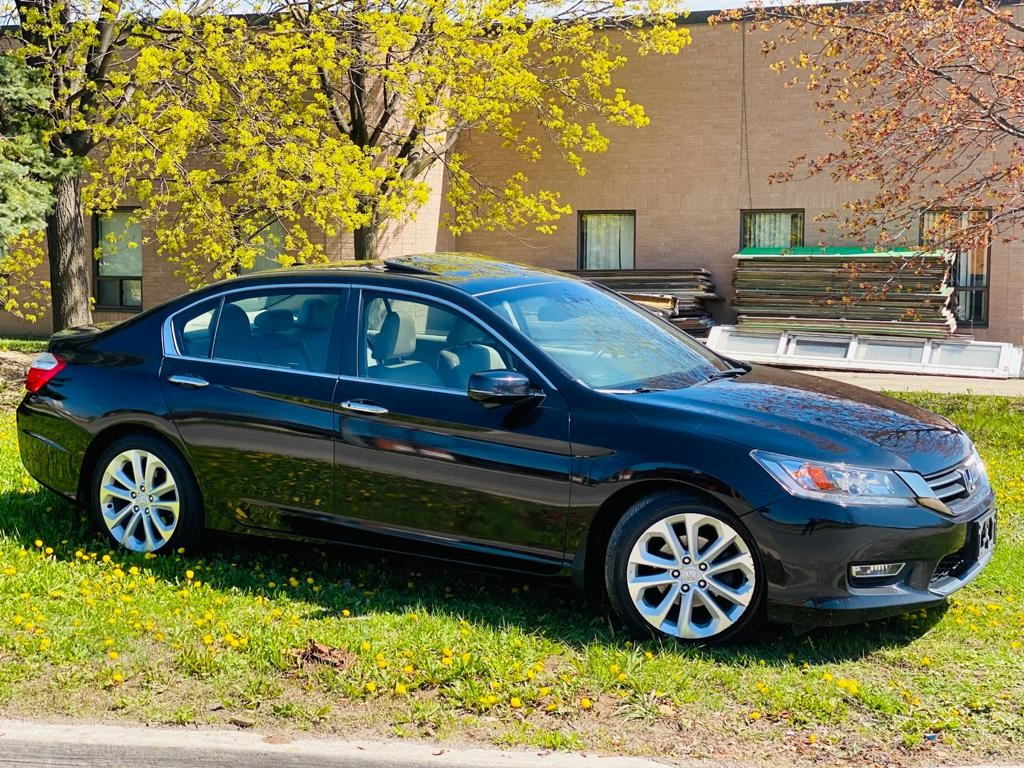 2013-Honda-Accord Sedan