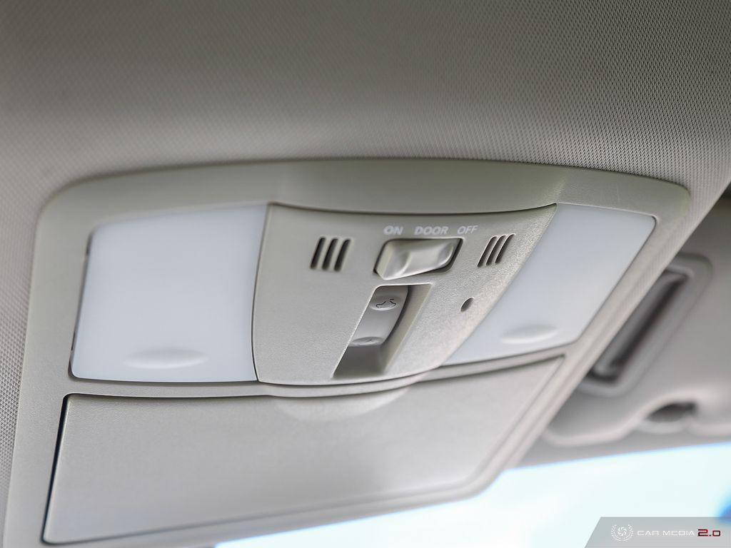 2008-Infiniti-G37S
