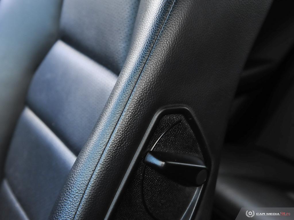 2010-Mercedes-Benz-C-Class